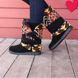 Muk Luks Nikki boot size 9